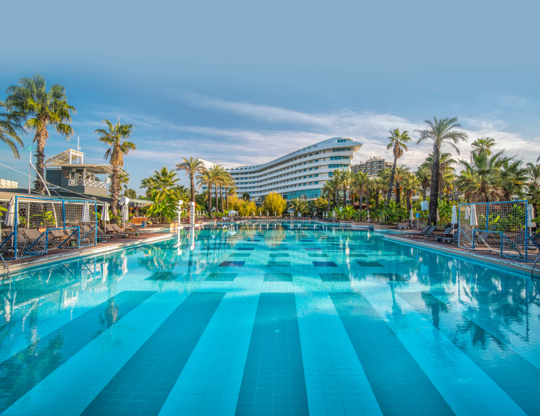 Concorde_De_Luxe_Resort