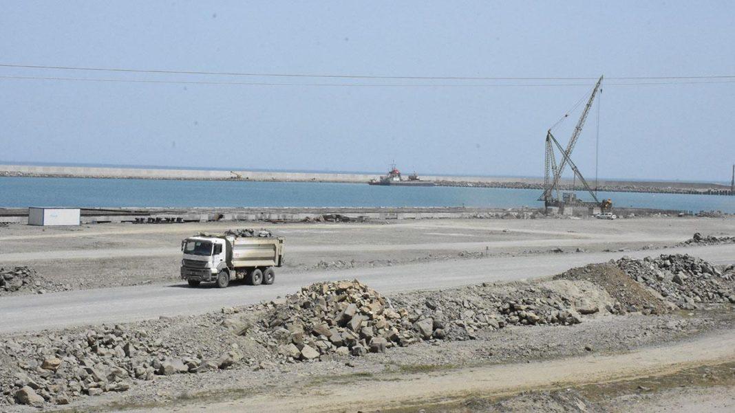 Filyos Limanı doğalgaz çıkarma işlemleri için hazırlanıyor