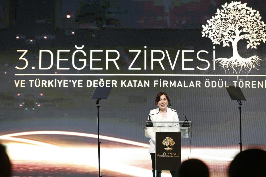 Değer Zirvesi ve Türkiye'ye Değer Katan Markalar Ödül Töreni