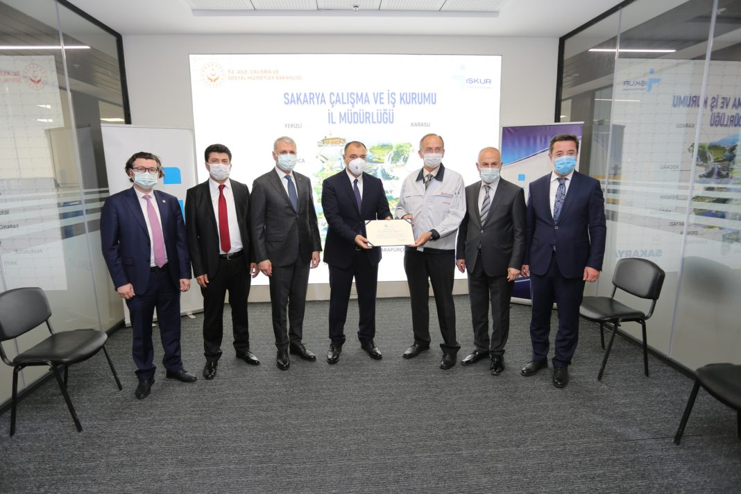 Toyota Otomotiv Sanayi Türkiye İŞKUR' dan 2.500 Kişilik İşgücü Talebinde Bulundu